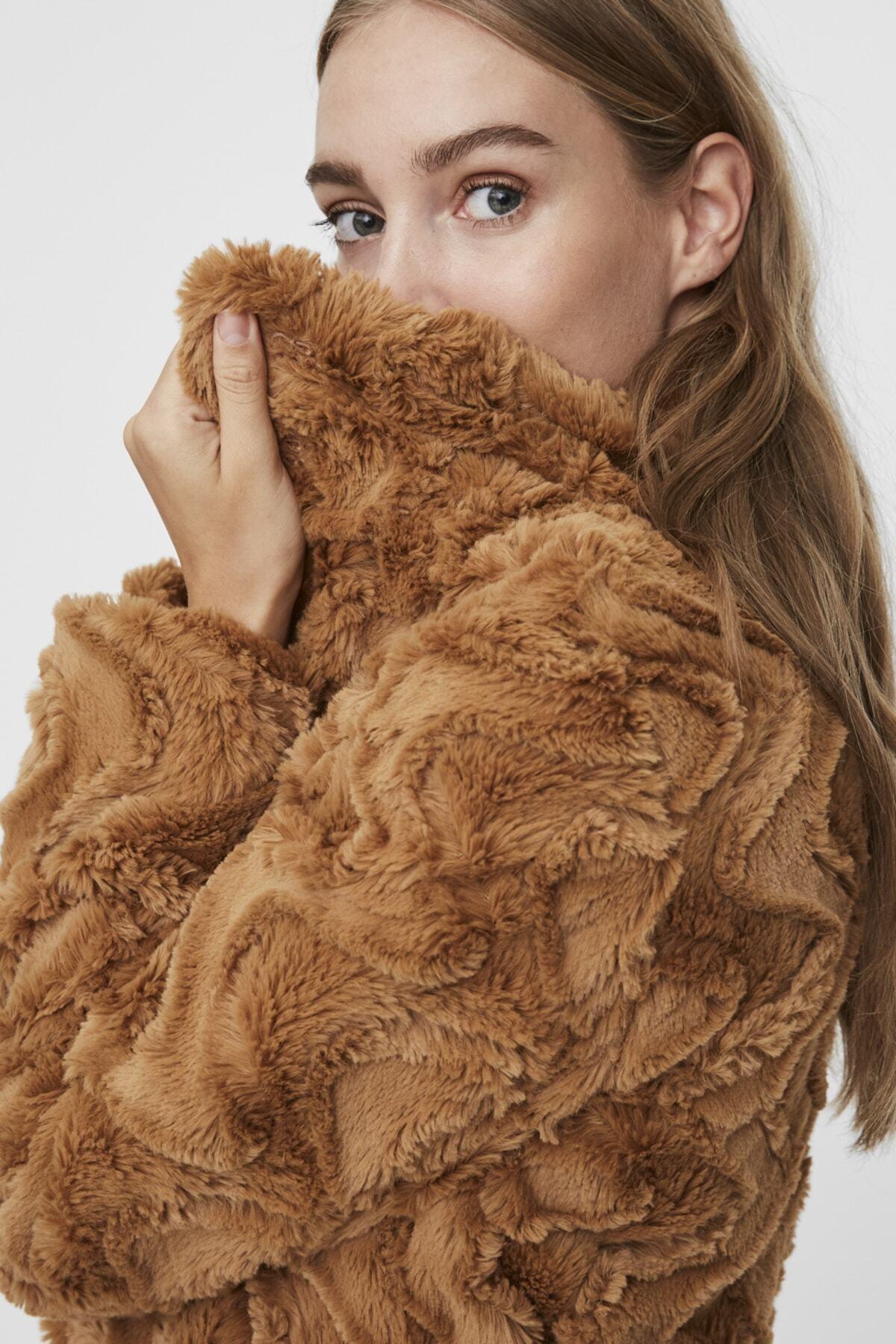 Vero Moda Kadın Taba Dik Yakalı Suni Kürk VMCURL 1