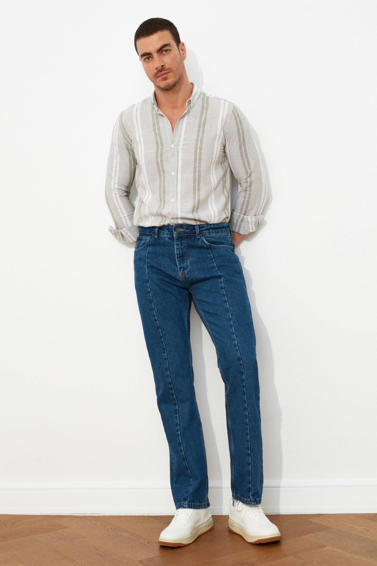 TRENDYOL MAN Lacivert Erkek Straight Fit Jeans TMNSS21JE0056 1
