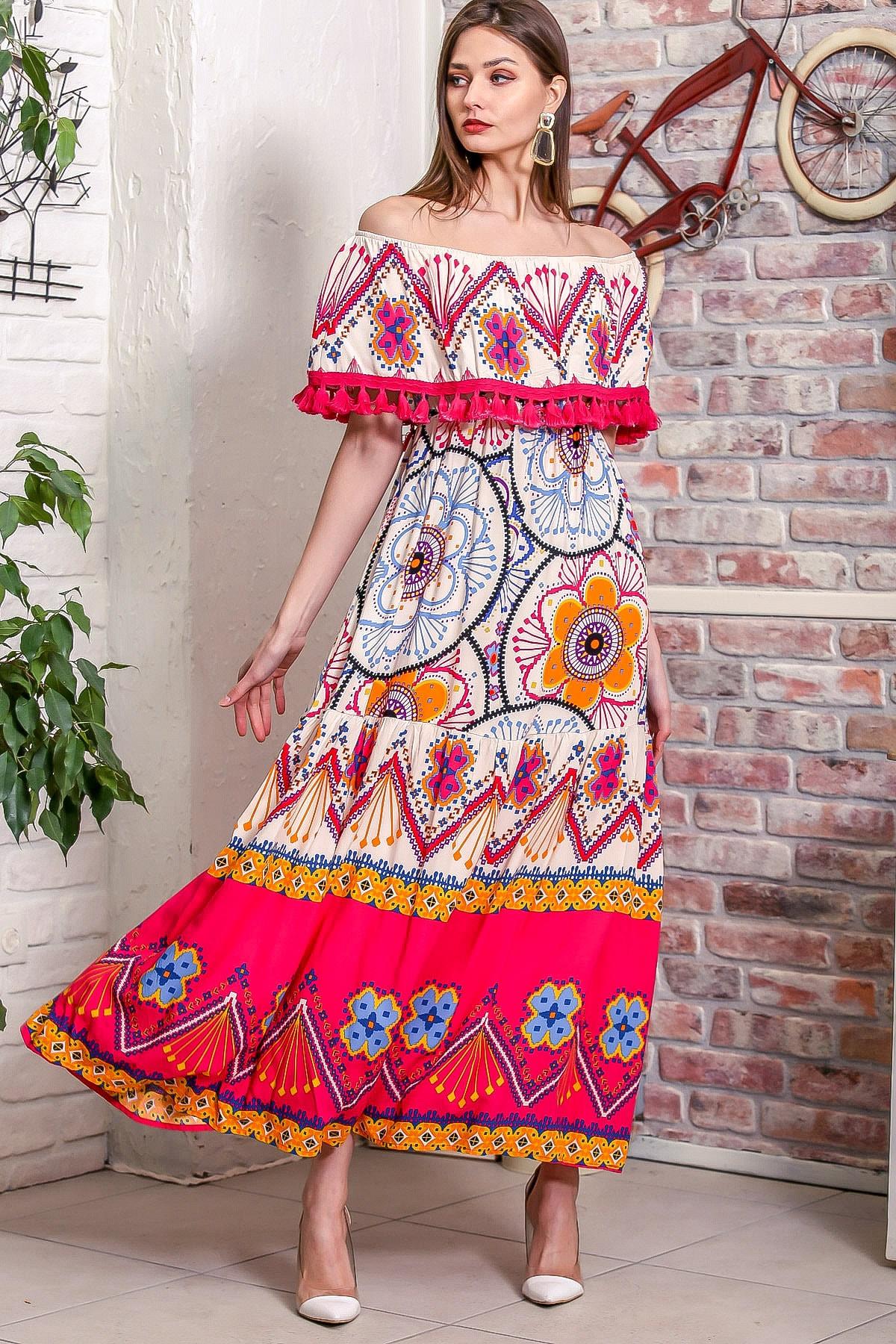 Chiccy Kadın Pembe Carmen Yaka Çapraz Askılı Püsküllü Salaş Dokuma Uzun Elbise