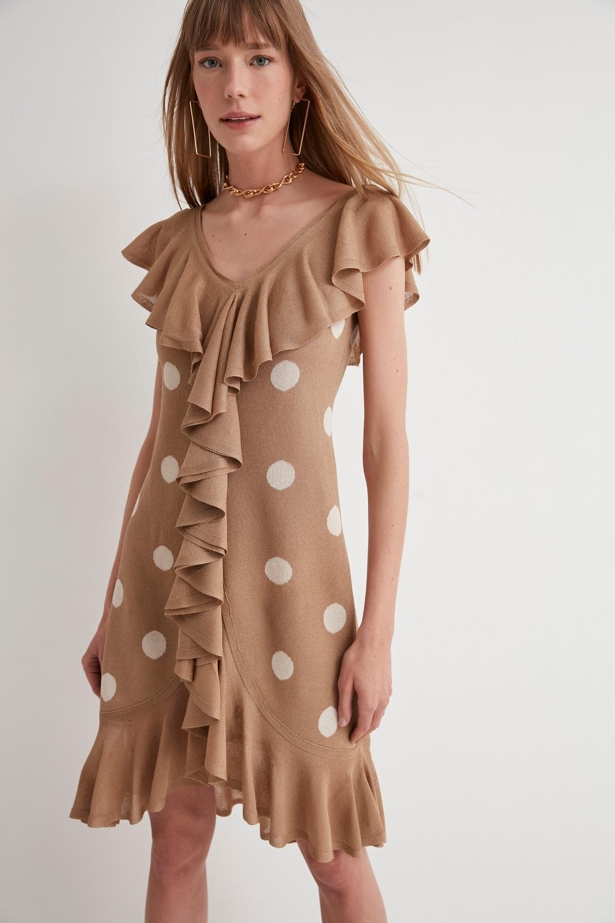 JOIN US Puantiyeli Fırfırlı V Yaka Triko Elbise-kahverengi 2