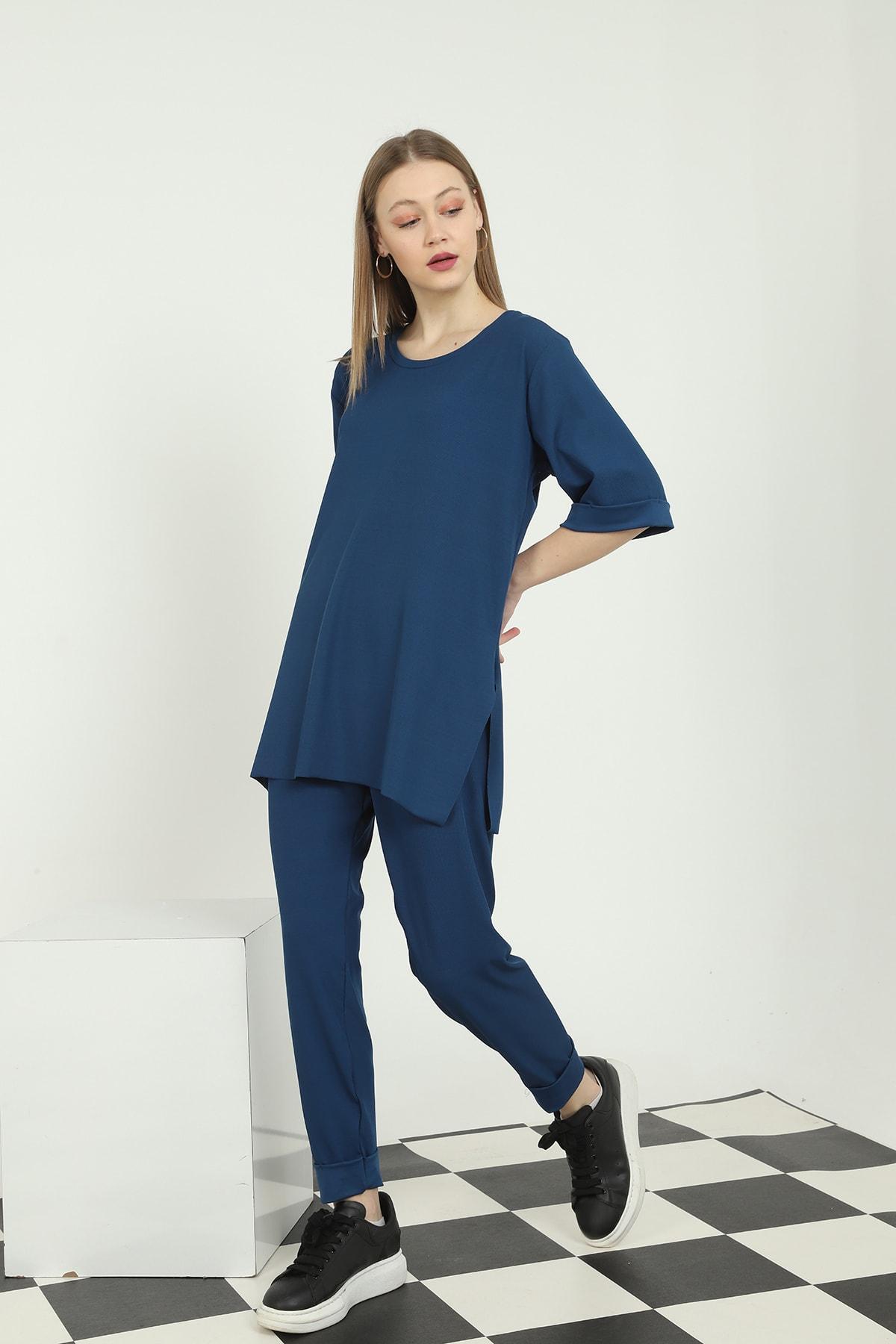 Makara Moda Oversize Yandan Yırtmaçlı Tişört Sigaret Beli Lastikli Pantolon Ikili Takım 1