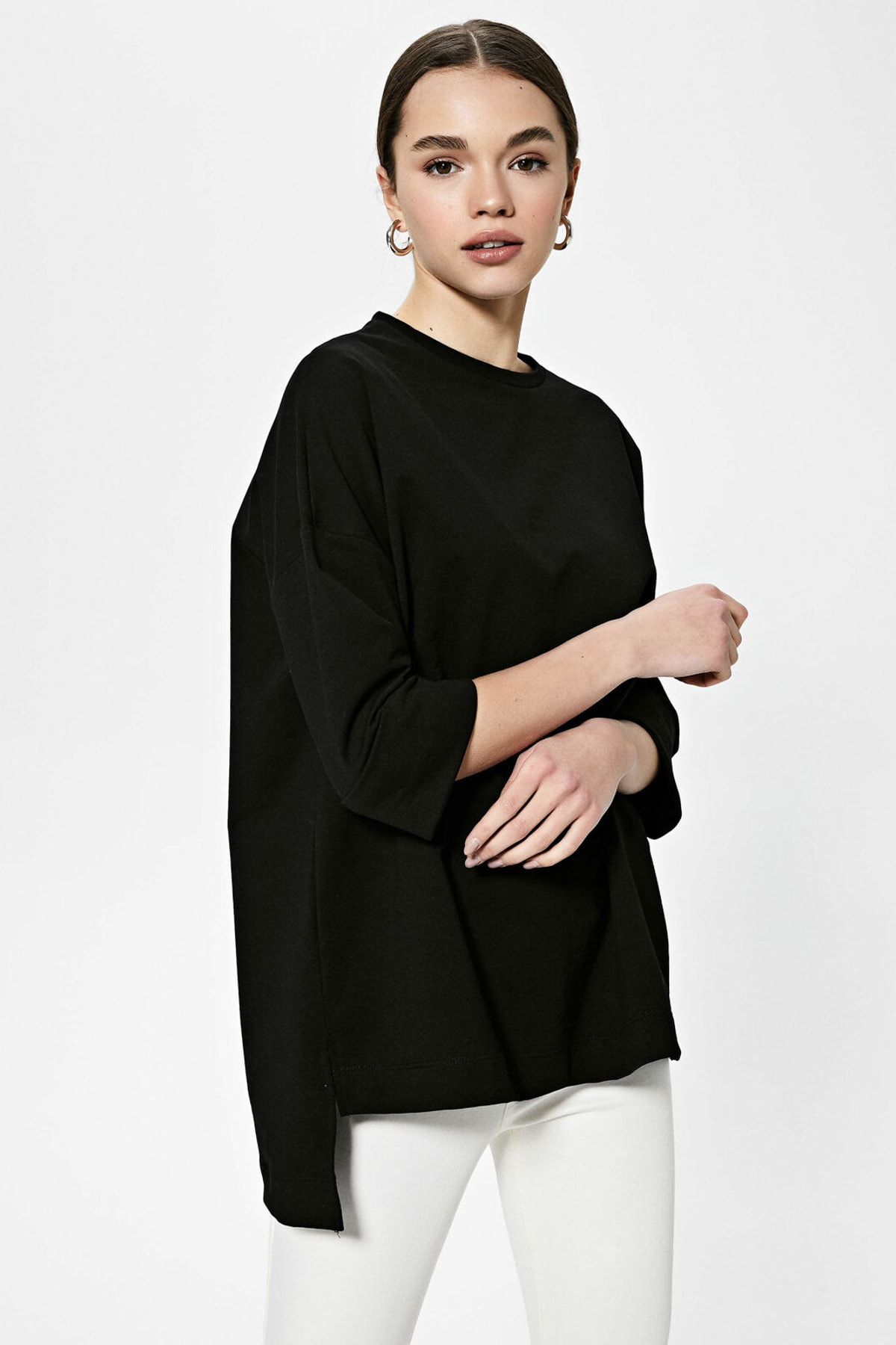 LC Waikiki Kadın Yeni Siyah Sweatshirt 1