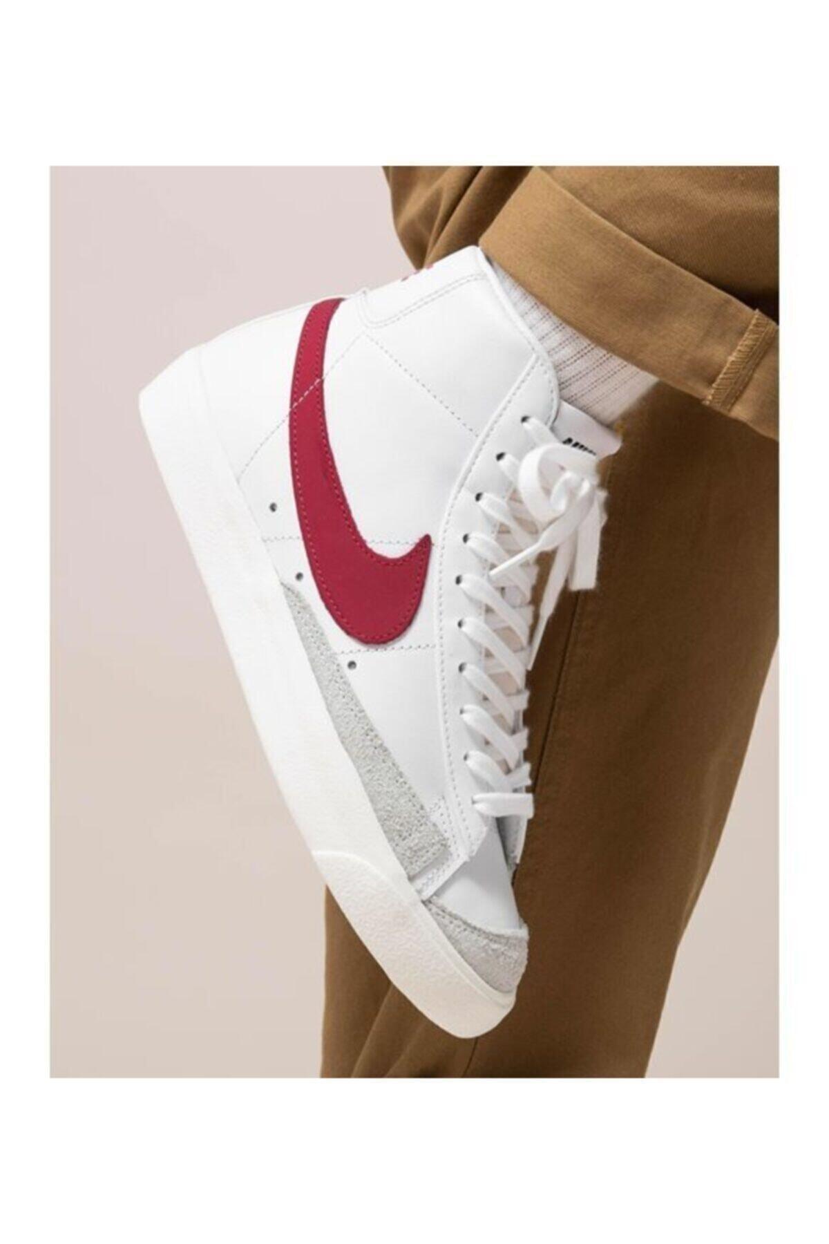 Nike Blazer Mid 77 Erkek Ayakkabi 1