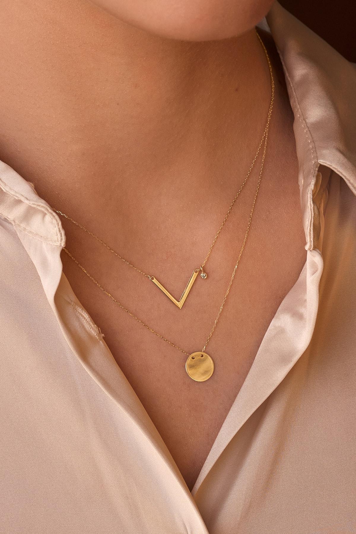 Gelin Pırlanta Kadın Altın Diamond Sade Pırlantalı V Kolye 2