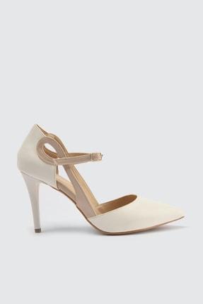 TRENDYOLMİLLA Beyaz Kadın Klasik Topuklu Ayakkabı TAKSS21TO0002