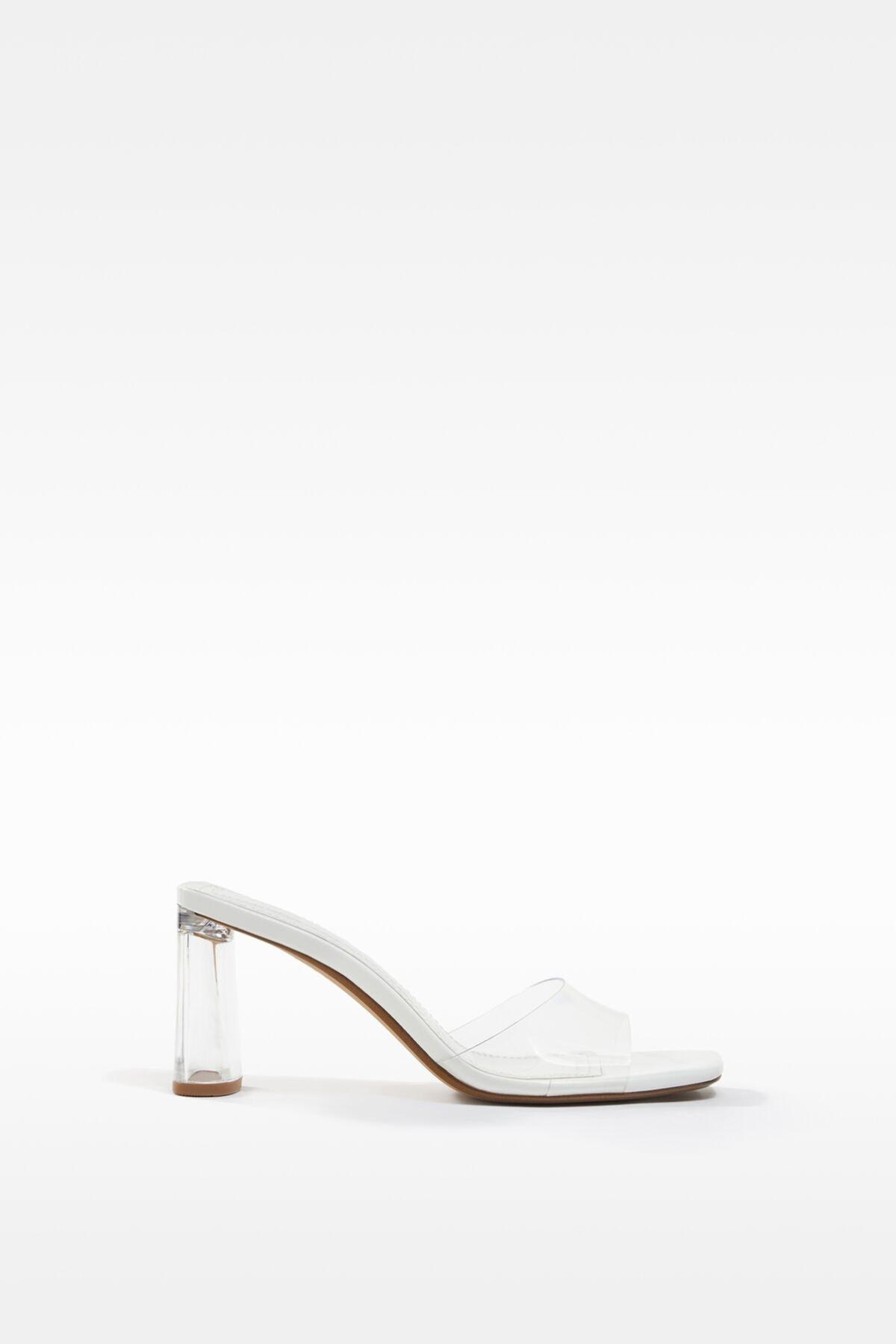 Bershka Kadın Transparan Metakrilat Topuklu Vinil Sandalet 11707760