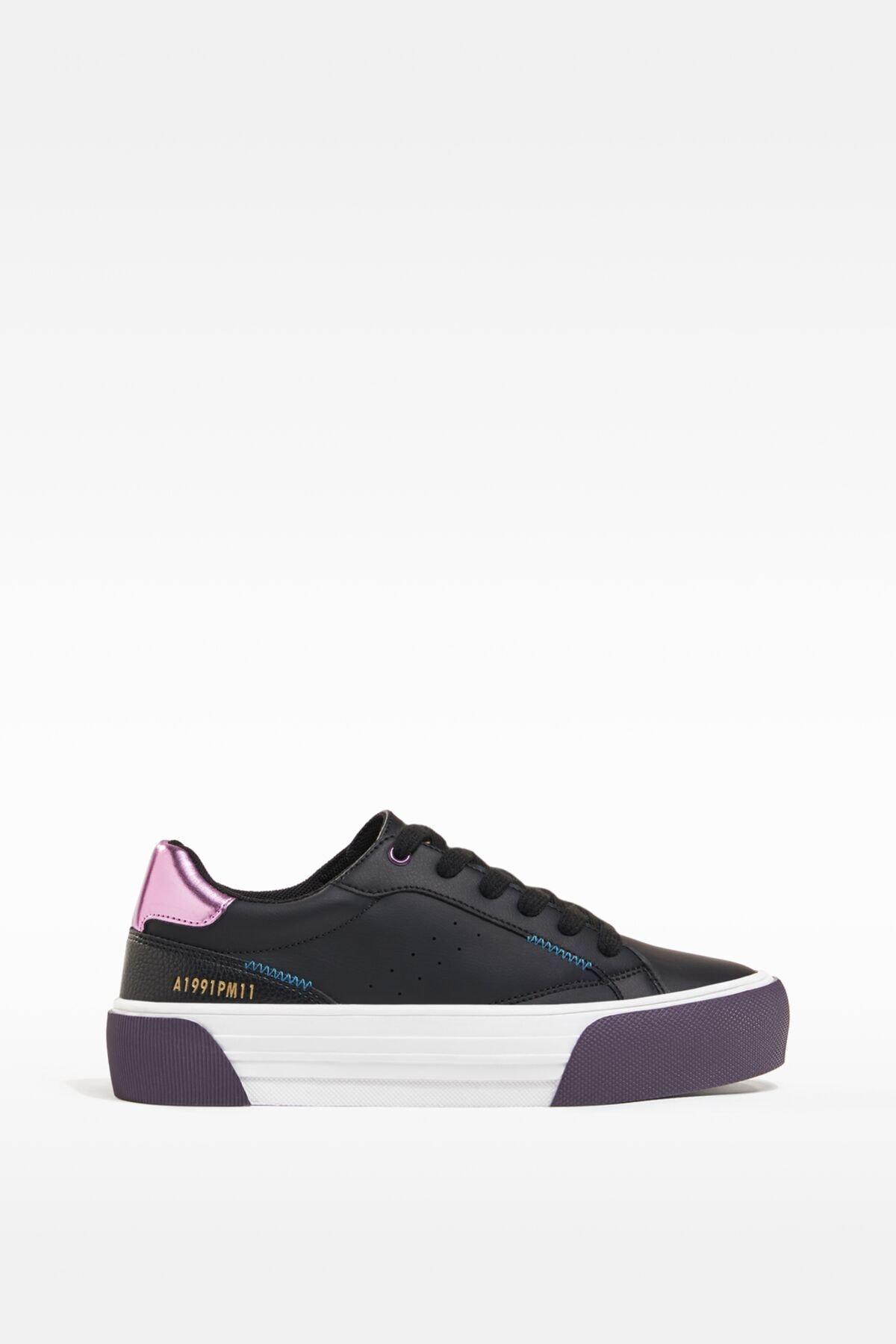 Bershka Kadın Siyah Kontrast Topuklu Spor Ayakkabı 11417760 1