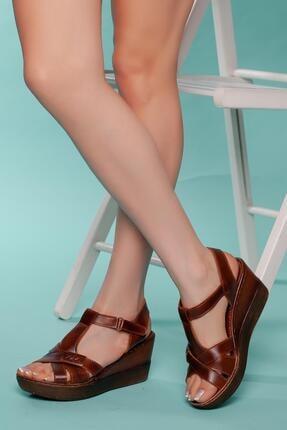 MUGGO Kadın Dolgu Topuklu Sandalet