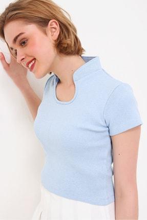 Trend Alaçatı Stili Kadın Mavi Hakim Yaka Kaşkorse Crop Bluz ALC-X5882