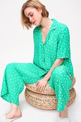 Trend Alaçatı Stili Kadın Yeşil Yakalı Dokuma Pijama Takım ALC-X5895