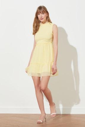TRENDYOLMİLLA Sarı Fırfır Detaylı Elbise TWOSS20EL1273