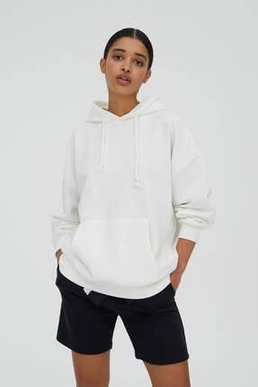 Pull & Bear Kadın Ekru Basic Oversize Kapüşonlu Sweatshirt