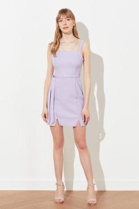 TRENDYOLMİLLA Lila Kuşaklı Yırtmaç Detaylı Elbise TWOSS20EL0977