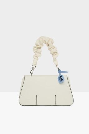 Bagmori Kadın Büzgü Askılı Kesik Kapaklı Kutu Çanta M000005636