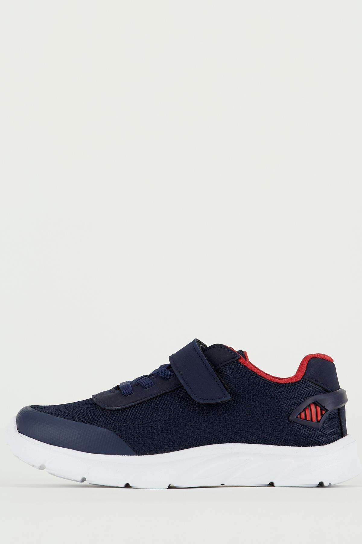DeFacto Erkek Çocuk Bağcıklı Cırt Cırtlı Spor Ayakkabı