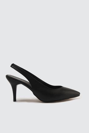 TRENDYOLMİLLA Siyah Kadın Klasik Topuklu Ayakkabı TAKSS21TO0023