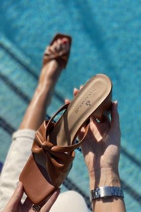 İnan Ayakkabı Kadın Taba Ortadan Kalın Düğümlü Terlik