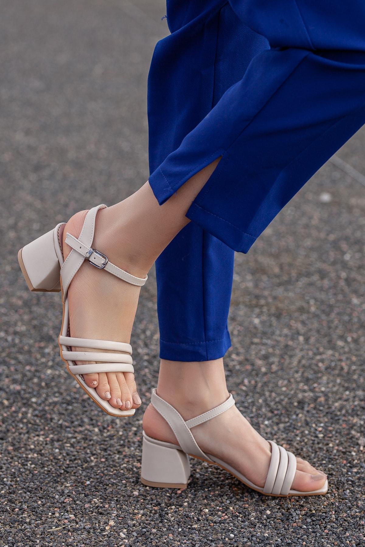 Daxtors Kadın Klasik Topuklu Ayakkabı 1
