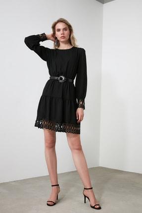 TRENDYOLMİLLA Siyah Güpürlü Elbise TWOAW20EL0587