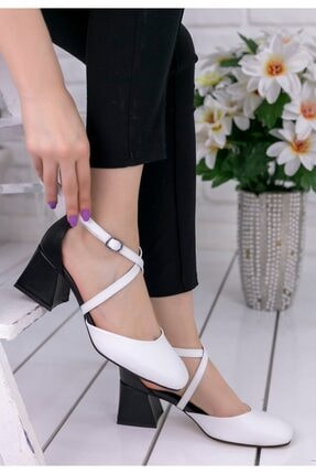 Erbilden Kadın Beyaz Londa Cilt Siyah Topuklu Ayakkabı