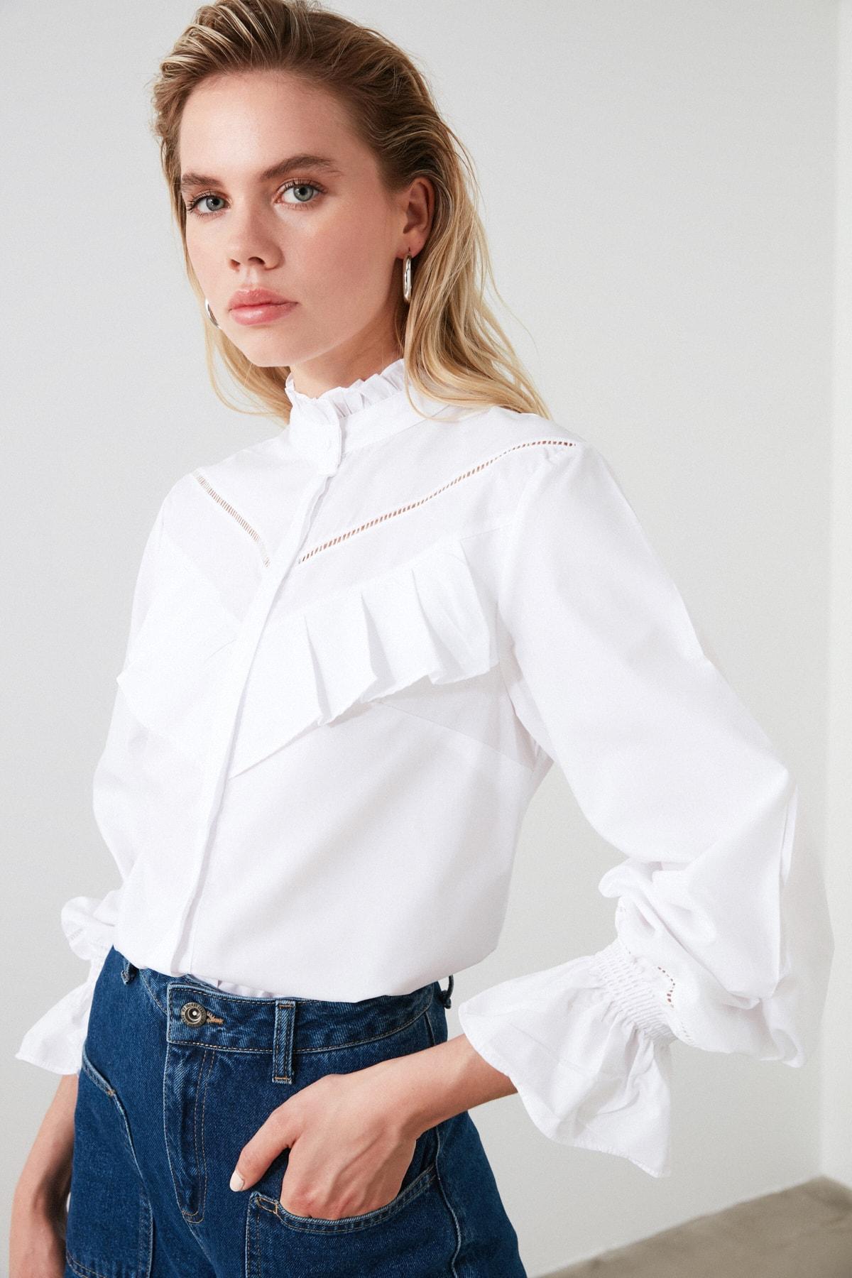 TRENDYOLMİLLA Beyaz Yaka Detaylı Gömlek TWOSS20GO0421 2