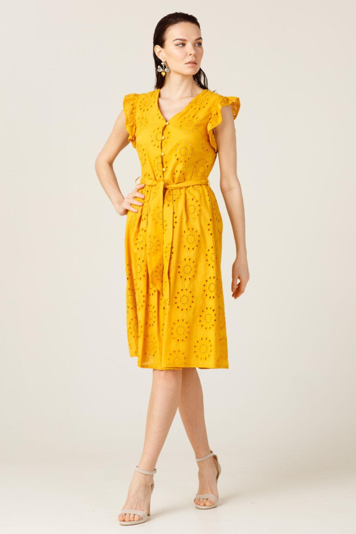 ON Omzu Fırfırlı Düğmeli Elbise 1