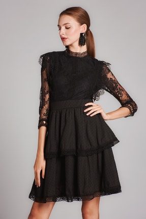 Housebutik Kadın Siyah Güpür Detay Kat Kat Elbise