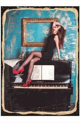 Tablomega Piyano Ve Kadın Modern Mdf Tablo 25cm X 35cm