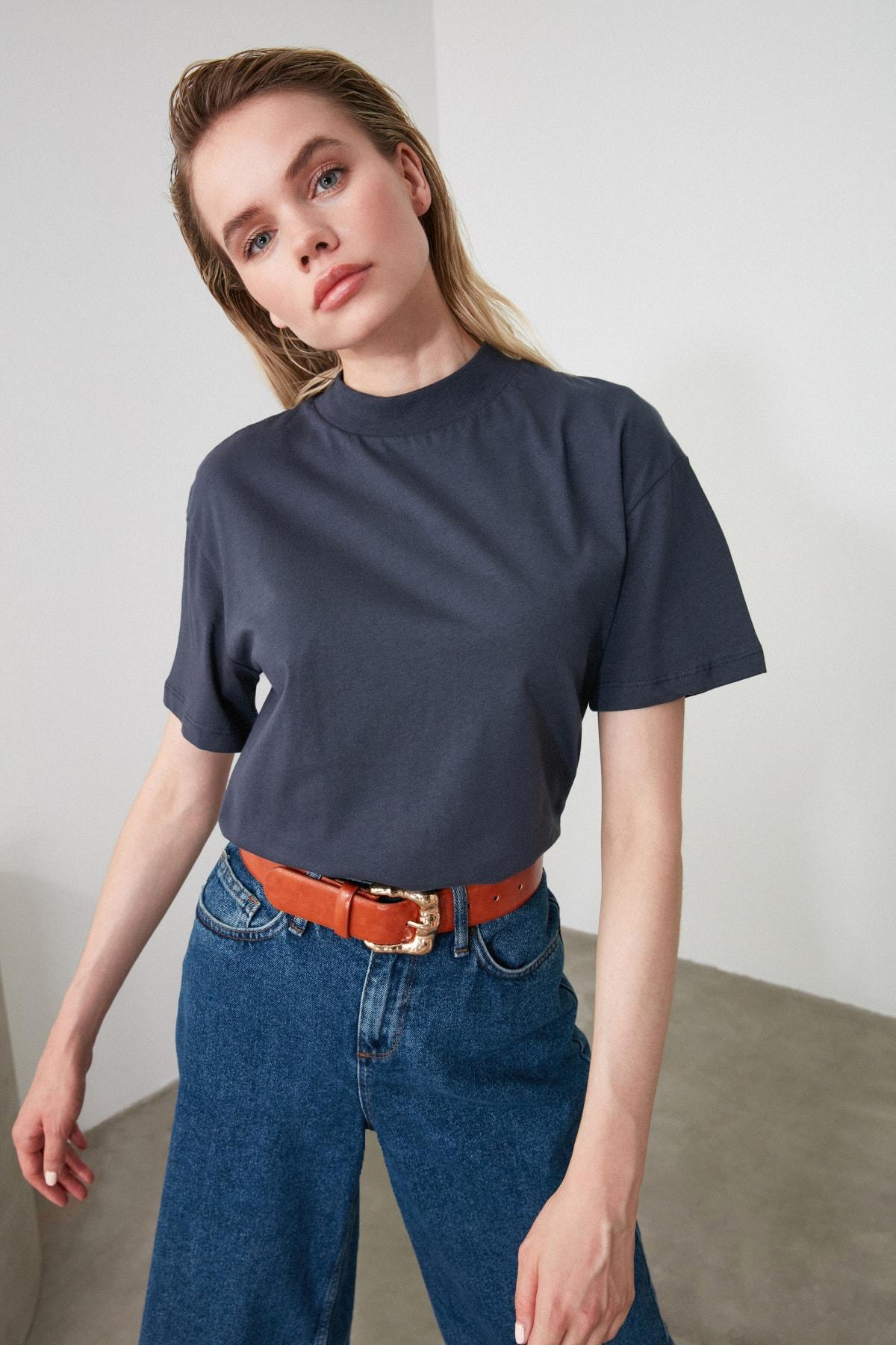 TRENDYOLMİLLA Antrasit Dik Yaka Basic Örme T-Shirt TWOAW20TS0096 2