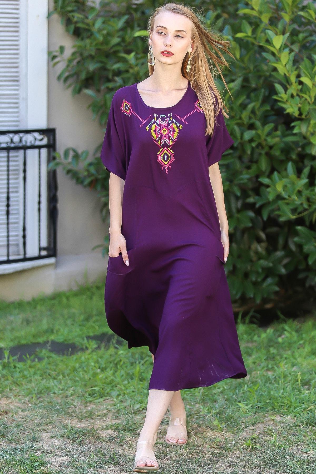 Chiccy Kadın Mürdüm Bohem Tribal Nakış Detaylı Oversize Cep Detaylı Elbise M10160000EL96390
