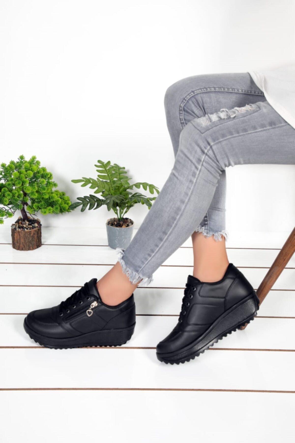 Byn Ayışığı Kadın Siyah Cilt Spor Ayakkabım2574 1