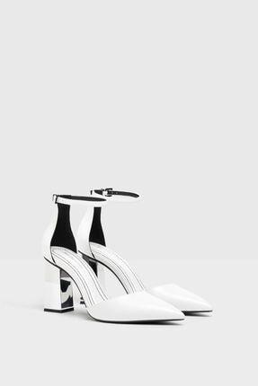 Bershka Kadın Beyaz Metalik Yüksek Topuklu Ayakkabı