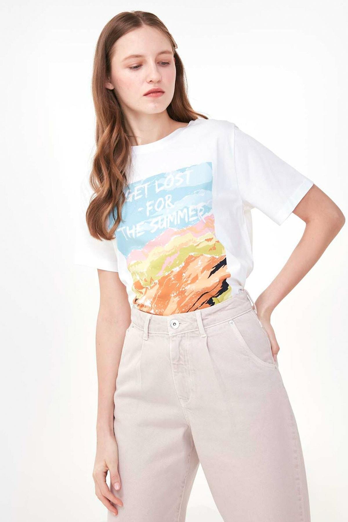 Twist Kadın Beyaz Slogan Baskılı Tshirt TS1200070163002 1