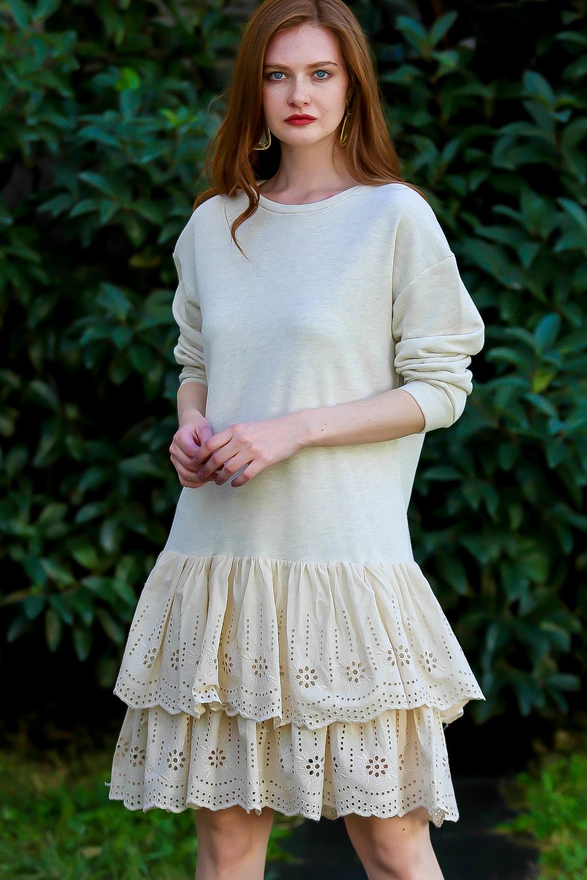 Chiccy Kadın Ekru Retro Sıfır Yaka Etek Ucu Fisto Fırfır Detaylı Elbise M10160000EL96168