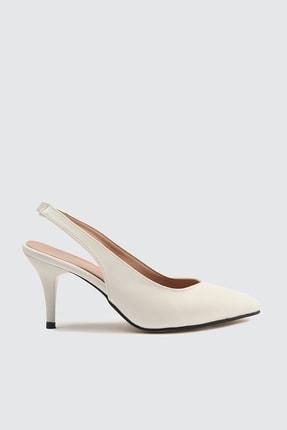 TRENDYOLMİLLA Beyaz Kadın Klasik Topuklu Ayakkabı TAKSS21TO0023