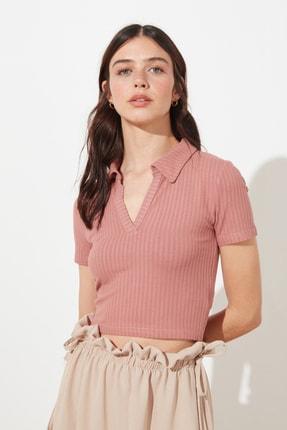 TRENDYOLMİLLA Gül Kurusu Polo Yaka Crop Örme Bluz TWOSS21BZ0038