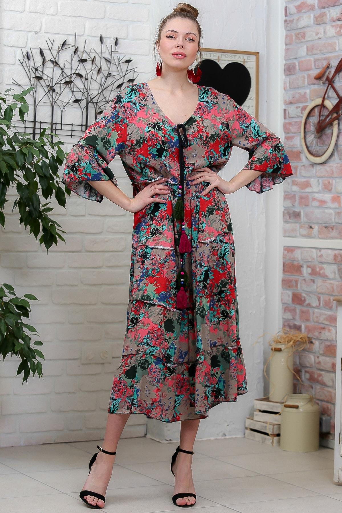 Chiccy Kadın Pembe-Yeşil Sulu Boya Çiçek Desenli Püskül Bağcıklı Kat Kat Salaş Uzun Elbise M10160000EL95634