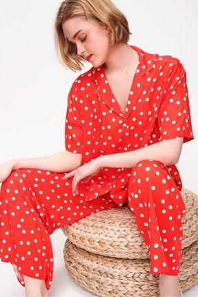 Trend Alaçatı Stili Kadın Kırmızı Yakalı Dokuma Pijama Takım ALC-X5895