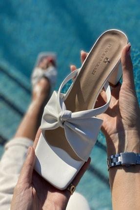 İnan Ayakkabı Kadın Beyaz Ortadan Kalın Düğümlü Terlik