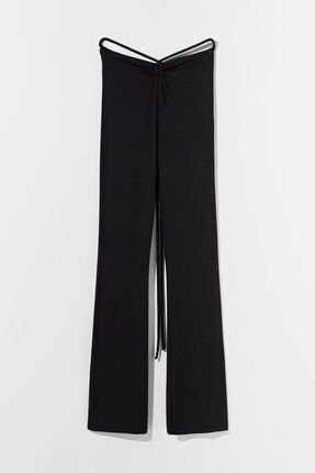 Bershka Kadın Siyah Ispanyol Paça Pantolon