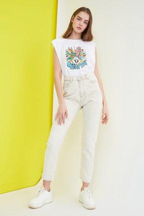 TRENDYOLMİLLA Bej Yüksek Bel Mom Jeans TWOSS21JE0097
