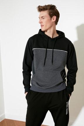 TRENDYOL MAN Siyah Erkek Panelli Kapüşonlu Regular Sweatshirt TMNAW21SW0366