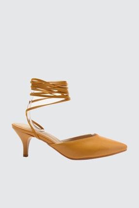 TRENDYOLMİLLA Hardal Bilekten Bağlamalı Kadın Klasik Topuklu Ayakkabı TAKSS21TO0043
