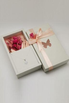 MAGNAMİNA Özel Tasarım Kutuda Kuru Çiçekler Ve Kar Tanesi Gümüş Kolye