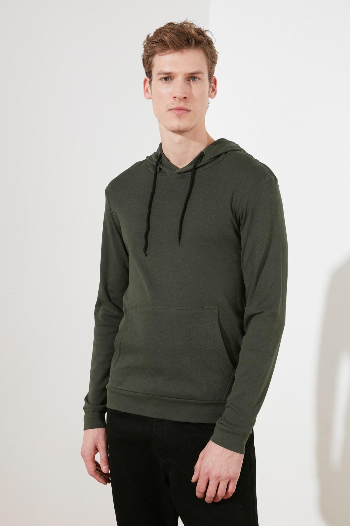 TRENDYOL MAN Haki Erkek Regular Fit Uzun Kollu Kapüşonlu T-Shirt TMNAW21TS0228 1