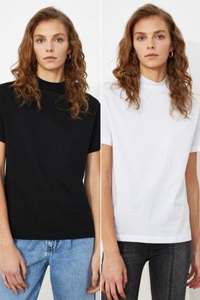 TRENDYOLMİLLA Beyaz ve Siyah Dik Yaka 2'li Paket Basic Örme T-Shirt TWOSS20TS1500