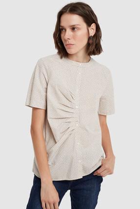 Yargıcı Kadın Ekru Desenli Kırma Detaylı Gömlek 8KKGM6123X