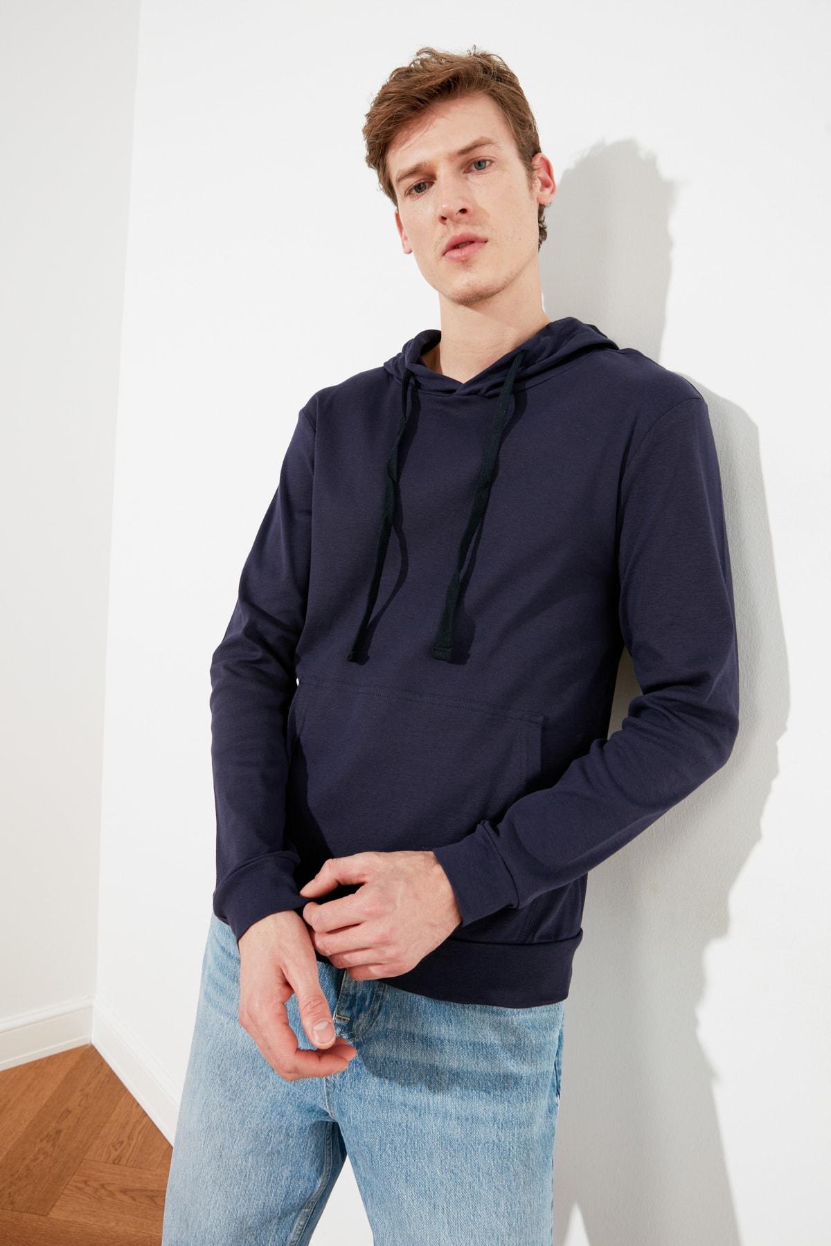 TRENDYOL MAN Lacivert Erkek Kapüşonlu Regular T-Shirt TMNAW21TS0228 1