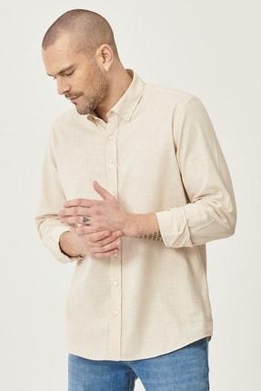 AC&Co / Altınyıldız Classics Erkek Bej Tailored Slim Fit Dar Kesim Düğmeli Yaka %100 Koton Gömlek
