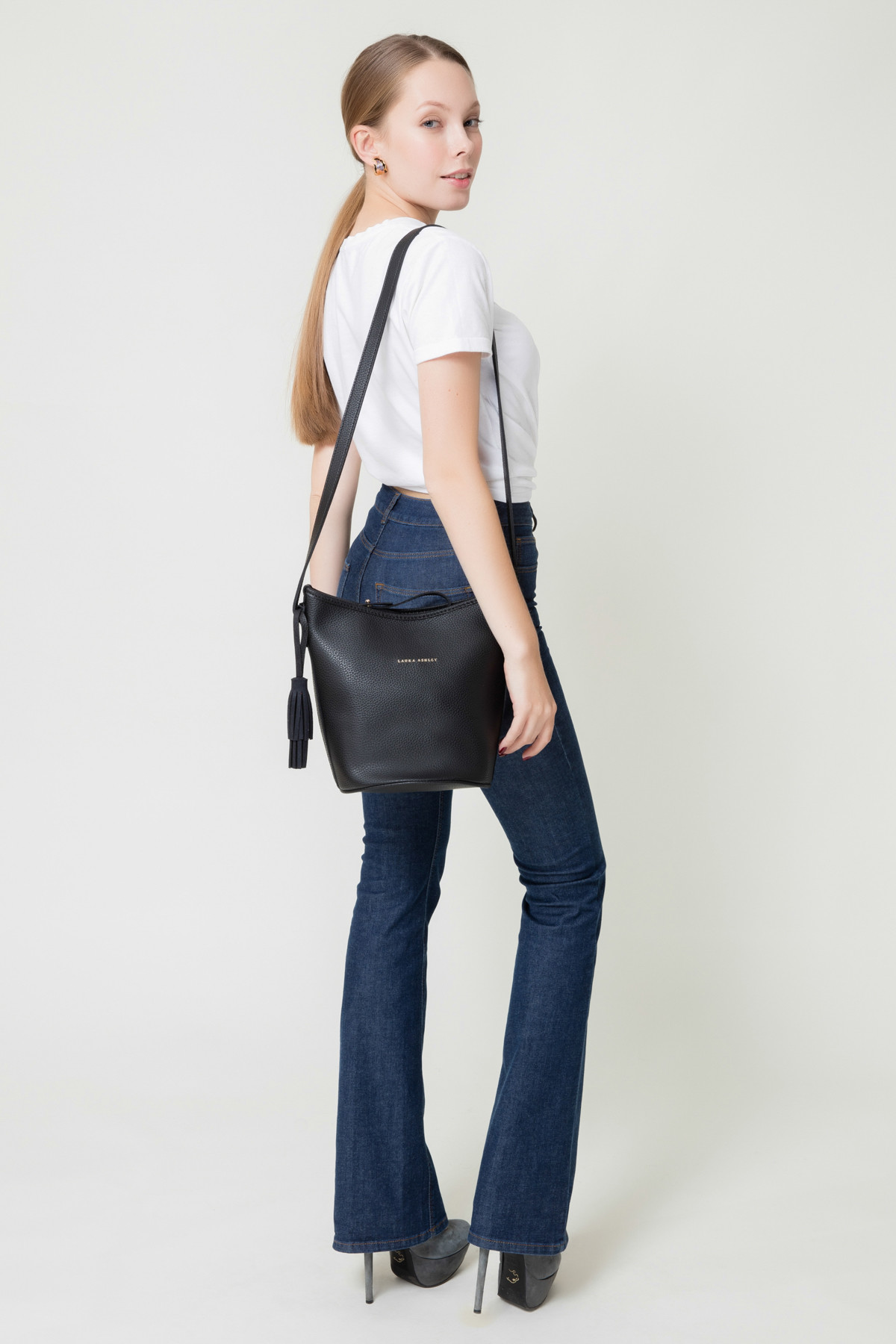 Laura Ashley Kadın Püsküllü Çanta Siyah 1